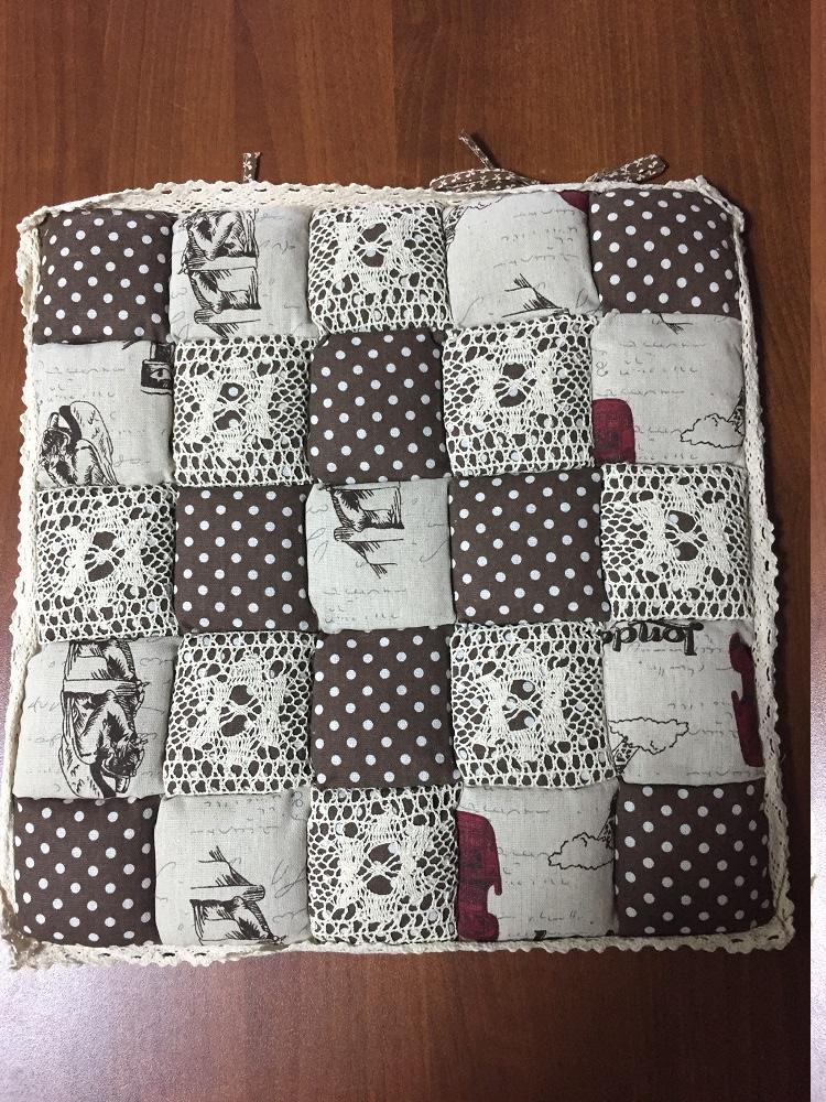 Подушка для стульев Винтаж (коричневый в горошек) (40*40) подушка для стульев комфорт 40 40