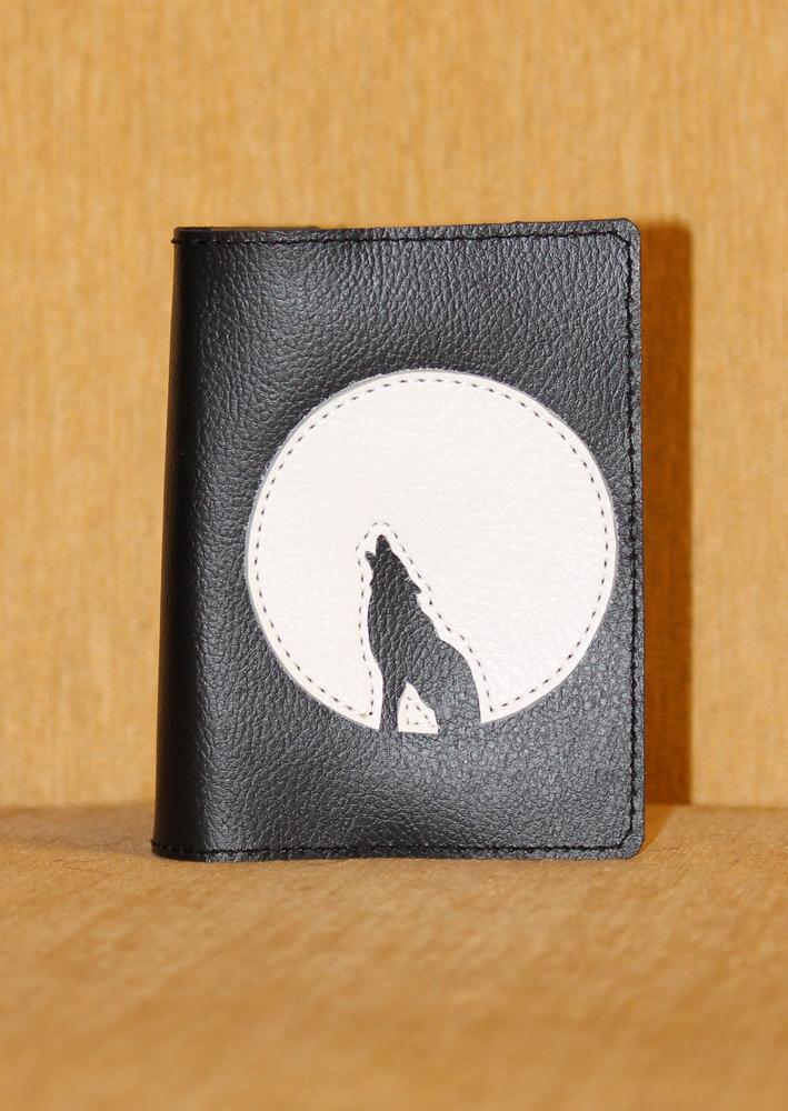 "Фото - Обложка на паспорт ""Волк"" от Грандсток"