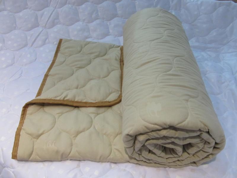 """Одеяло зимнее """"Верблюжья шерсть"""" (микрофибра) 2 спальный (172*205)"""