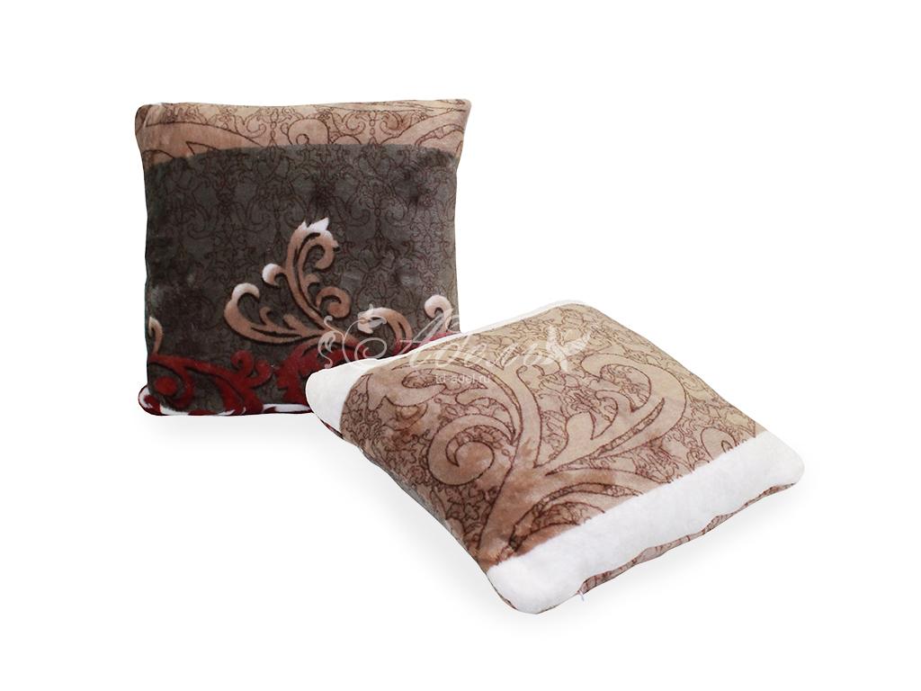 Подушка декоративная Вензель (40*40) подушка декоративная праздник 40 40
