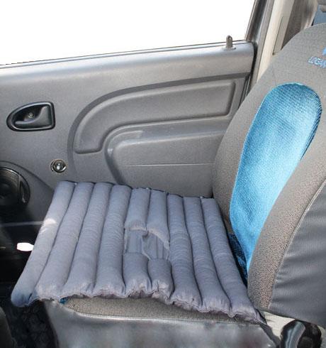 Подушка на водительское кресло с чехлом iv6799 (40*50)